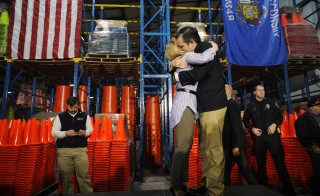 U.S. Republican presidential candidate Ted Cruz hugs his wife Heidi Cruz after she introduced him at a campaign event at Lakeside Plastics in Oshkosh, Wisconsin March 25, 2016. Photo by Mark Kauzlarich/Reuters