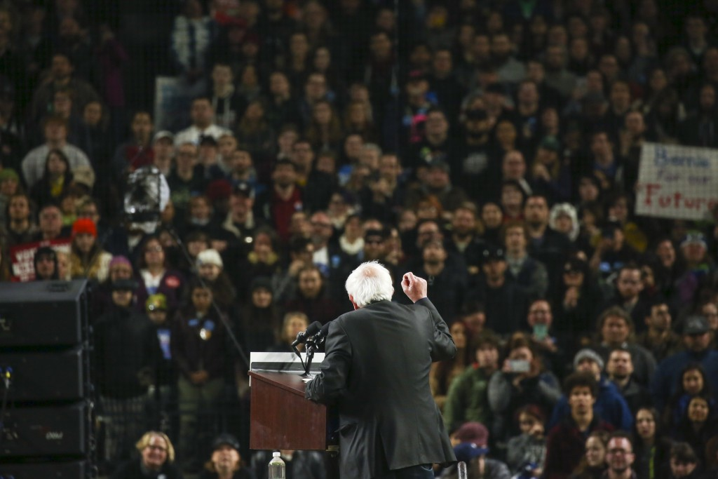 Bernie Sanders closing gap on Clinton