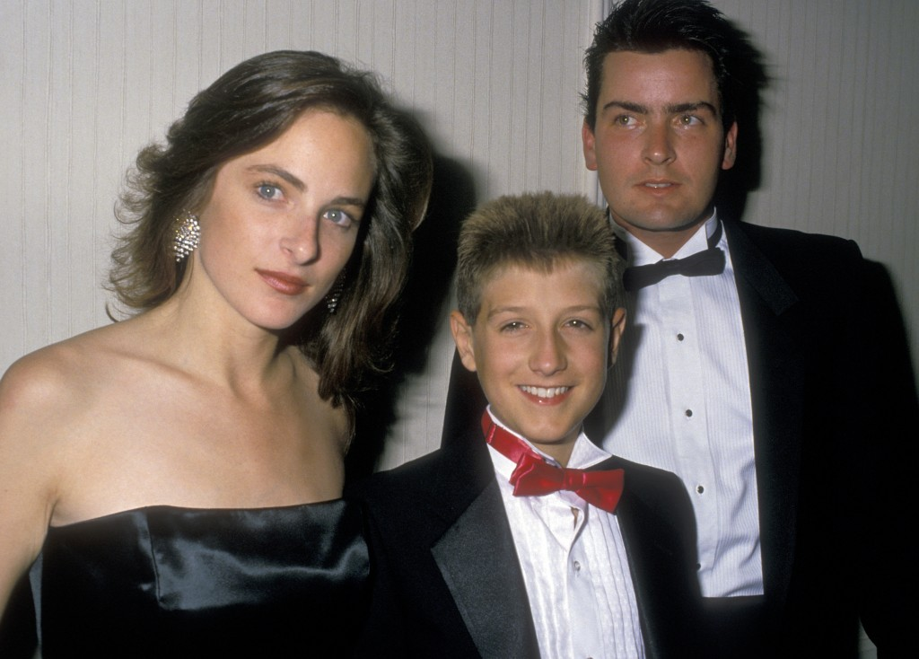 Actress Marlee Matlin, Ryan White and actor Charlie Sheen attend For Love Of Children AIDS Benefit Gala on July 8, 1988 in Century City, California. Photo by Ron Galella, Ltd./WireImage