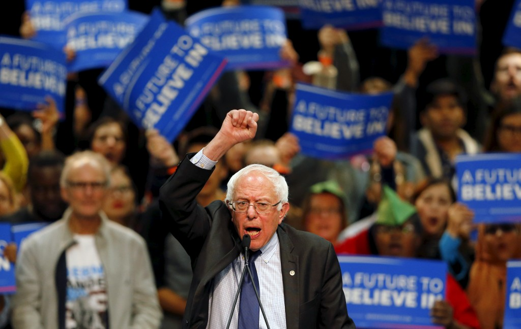 Democratic presidential candidate Bernie Sanders holds a campaign rally in San Diego, California. Photo by Mike Blake/Reuters