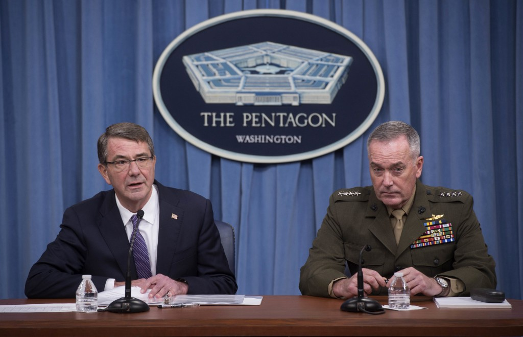 U.S. Secretary of Defense Ash Carter (L) and Chairman of the Joint Chiefs of Staff Gen. Joseph Dunford speak to press about counter-ISIL operations at the Pentagon, in Washington March 25, 2016.  Islamic State's second in command and other senior leaders were likely killed this week in a major offensive targeting financial operations, U.S. Defense Secretary Ash Carter said on Friday, the latest in a series of setbacks for the militant group.  REUTERS/Department of Defense/Navy Petty Officer 1st Class Tim D. Godbee/Handout via Reuters  THIS IMAGE HAS BEEN SUPPLIED BY A THIRD PARTY. IT IS DISTRIBUTED, EXACTLY AS RECEIVED BY REUTERS, AS A SERVICE TO CLIENTS. FOR EDITORIAL USE ONLY. NOT FOR SALE FOR MARKETING OR ADVERTISING CAMPAIGNS - RTSC99Y