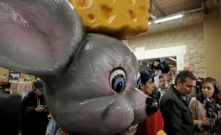 Sen. Ted Cruz makes a campaign stop at the Mars Cheese Castle in Kenosha, Wisconsin, on Monday. Photo by Jim Young/Reuters