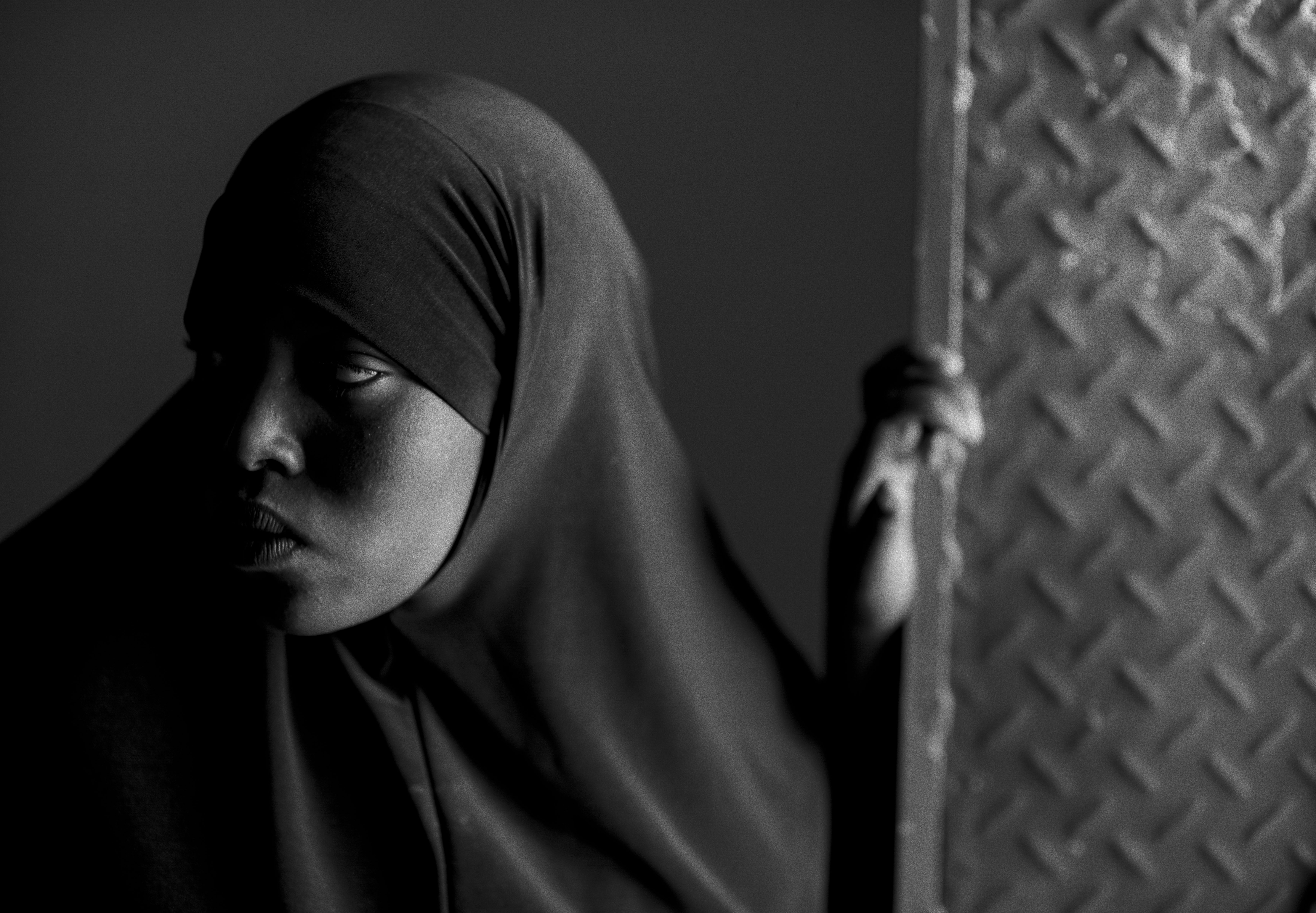 Portrait of a young woman in a maternity ward in Somaliland by Sebastian Rich for UNICEF