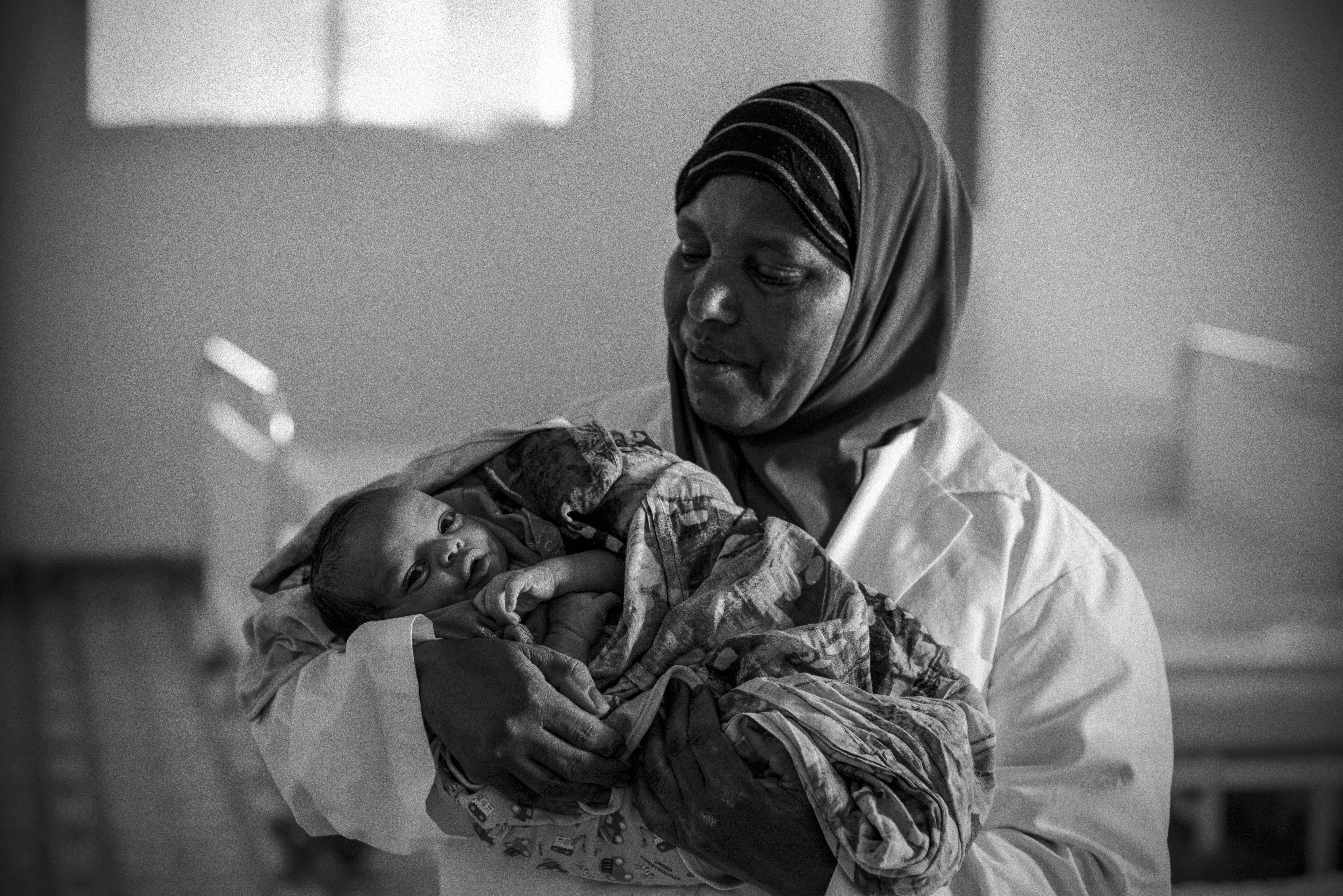 A baby is born into drought in Somalia. Photo by Sebastian Rich for UNICEF