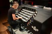 Cameron Carpenter – The International Touring Organ in rehearsal