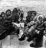 Amundsen with Inuit