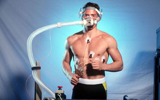 man on treadmill measuring VO2max