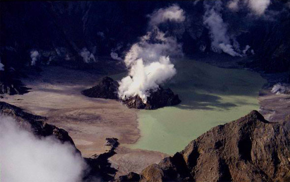 Pinatubo Monster