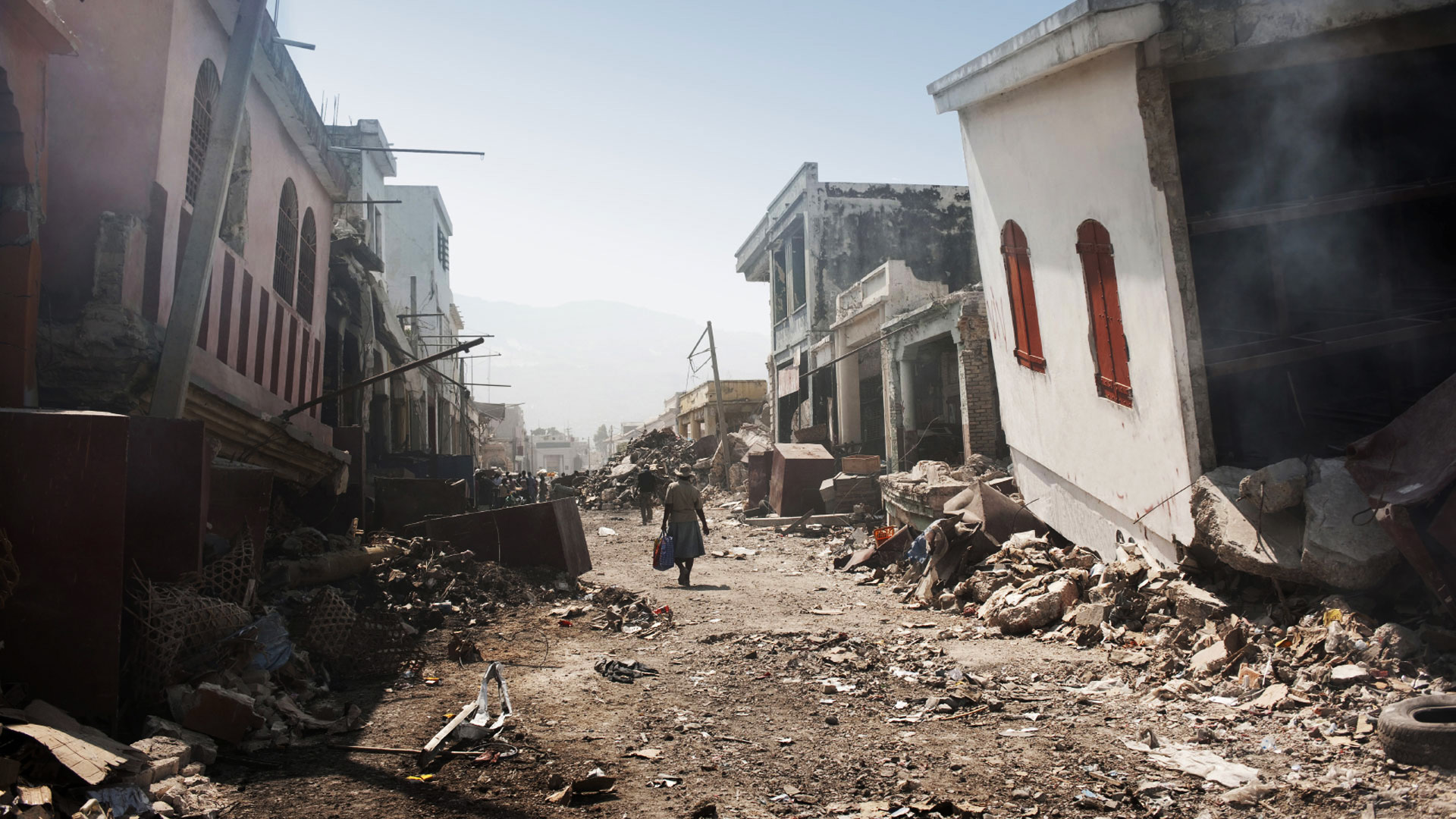 largest and deadliest earthquake The strongest earthquake to hit mexico for decades left at least 58 dead  confirmed there is a tsunami, with the largest wave being 07 metres.