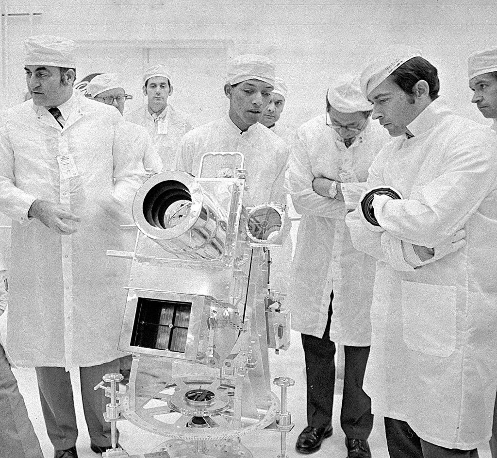 George Carruthers speaks to members of the Apollo 16 mission about the Lunar Surface Ultraviolet Camera