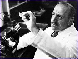 Papanicolaou in laboratory