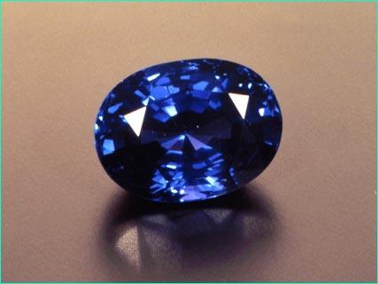 hàng quý hiếm 5000 VNĐ 1 viên Gp15sapphire