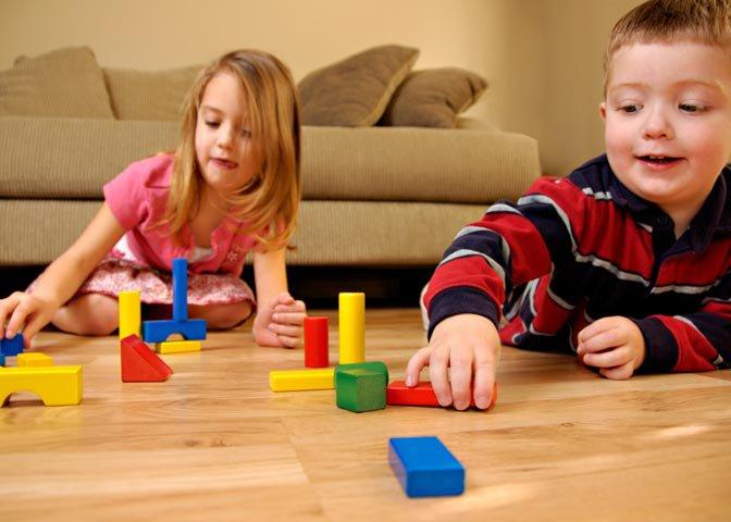 children with blocks