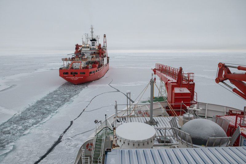 20191002_MOSAiC_PolarsternFederov_EstherHorvath-1.JPG