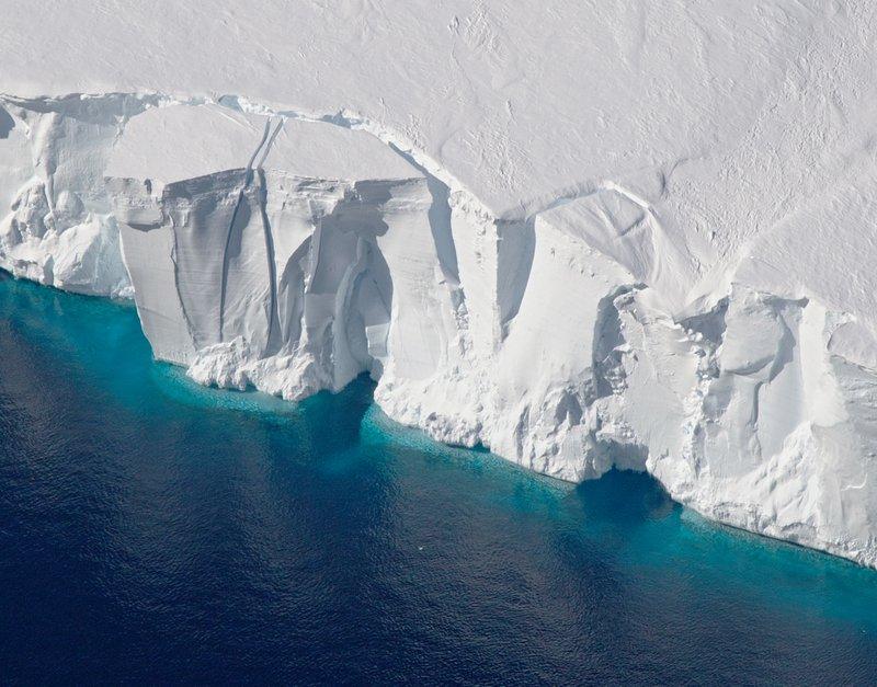 Antarcticagetz_photo_2016310_lrg.jpg