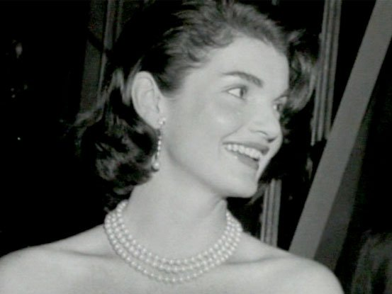 Jacqueline Kennedy wearing pearls