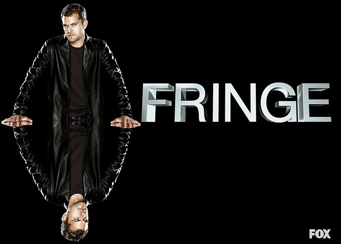 Joshua Jackson plays Peter Biship in Fringe