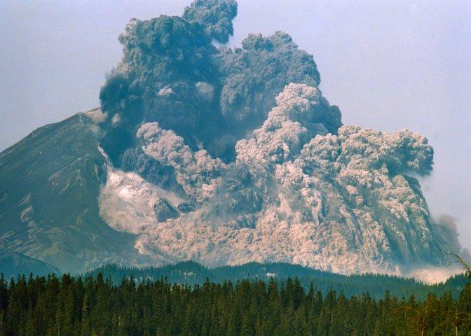 Mt. St. Helens spews smoke