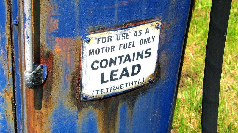 leaded-gas-pump