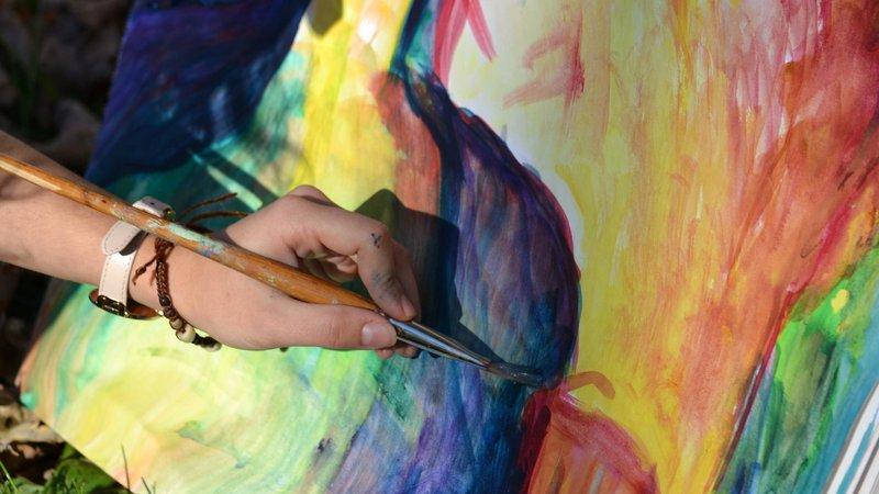 left-handed-artist