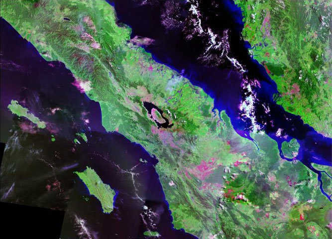 Satellite photo Toba