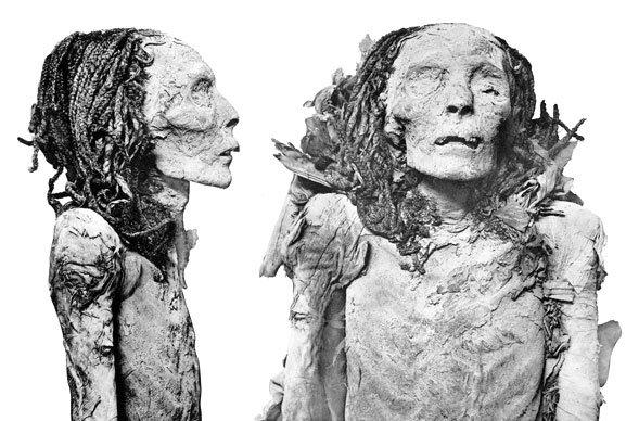 mummy of Queen Nofretari