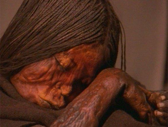 Inca mummy child