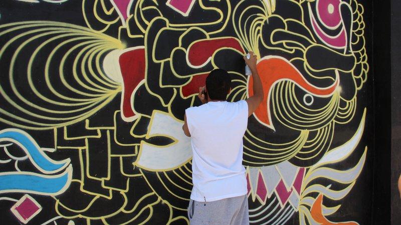 Calligraffiti on a wall
