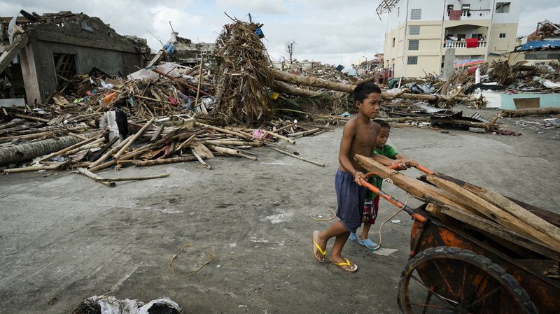 typhoon-haiyan-clean-up