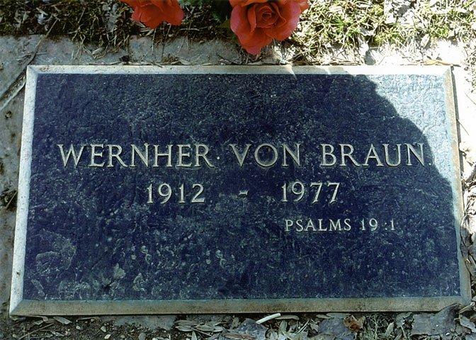 von Braun grave