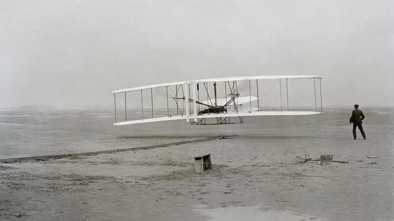wright-brothers-first_flight