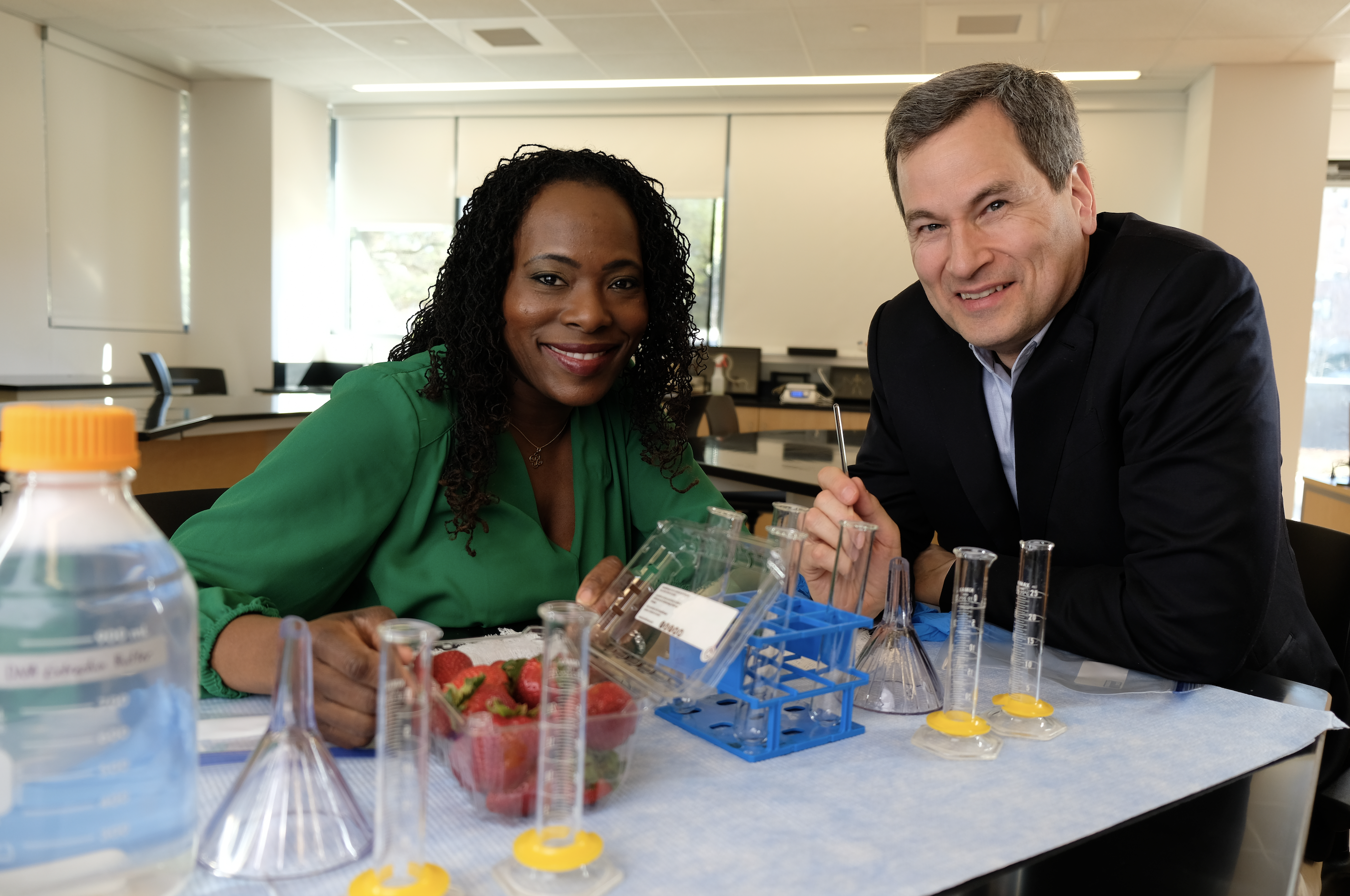Dr. Monica Hall Porter and David Pogue BTE.png