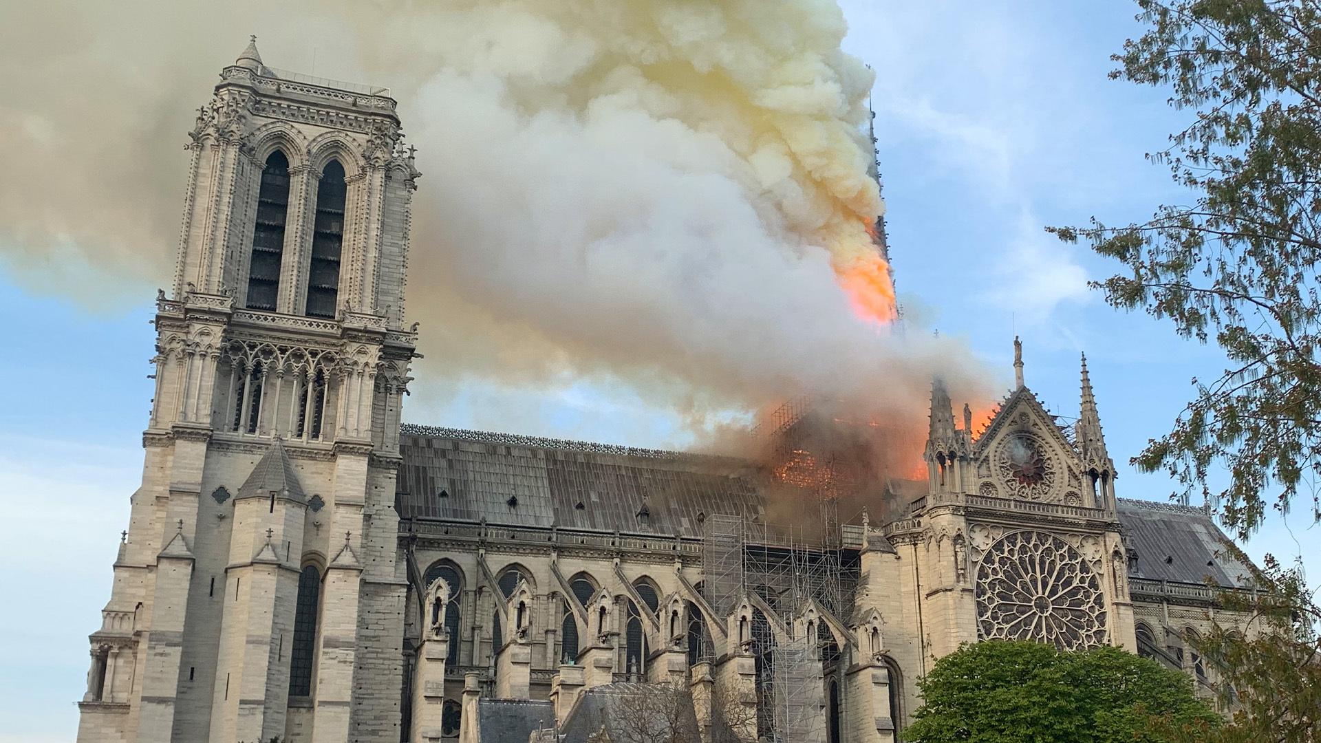 Notre_Dame_Hero.jpg