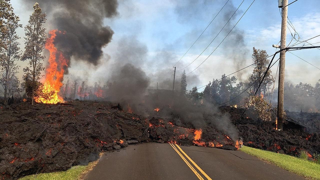Hawaii's Kilauea Volcano Erupts Hero