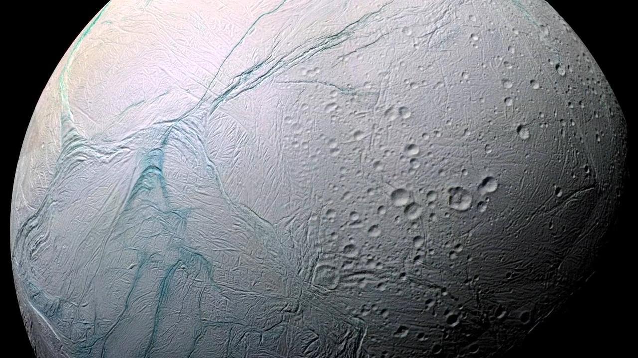Is There Life on Enceladus? Hero