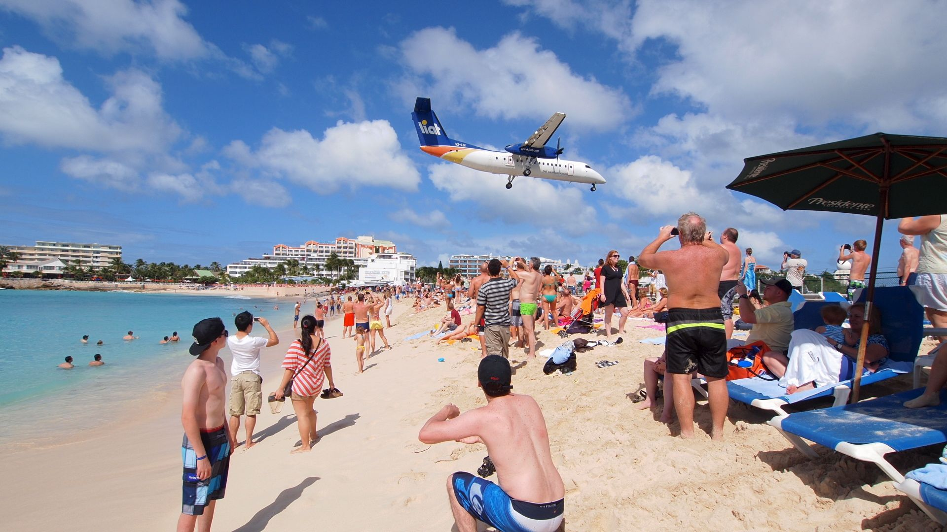 After Months of Slinking Across the Border, Chikungunya Transmitted in the U.S.-maho-beach-saint-martin.jpg