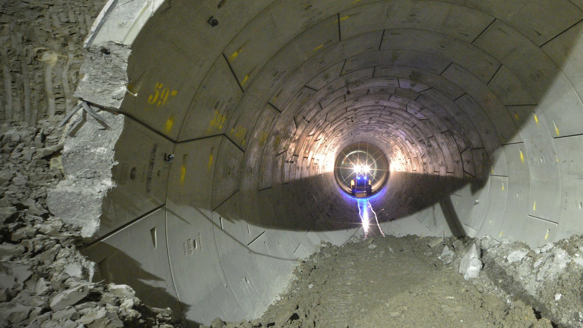 Super Tunnel Hero