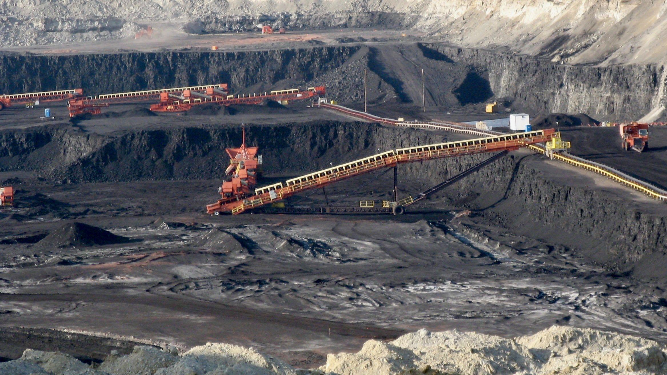 wyoming-coal-mine