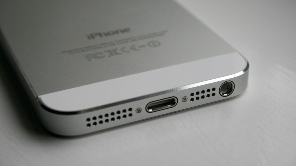 White iPhone 5 bottom view