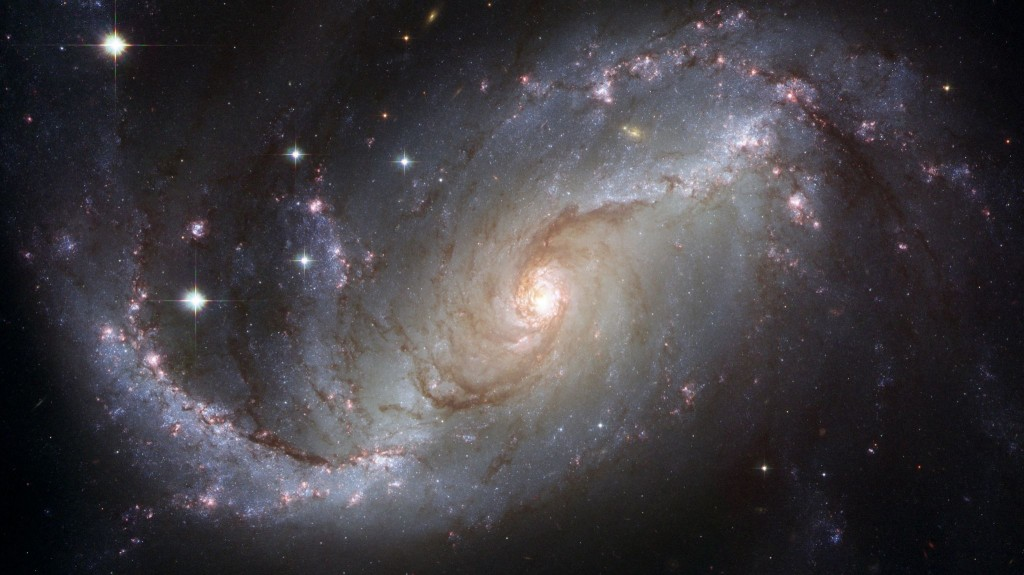Barred_spiral_galaxy_NGC_1672
