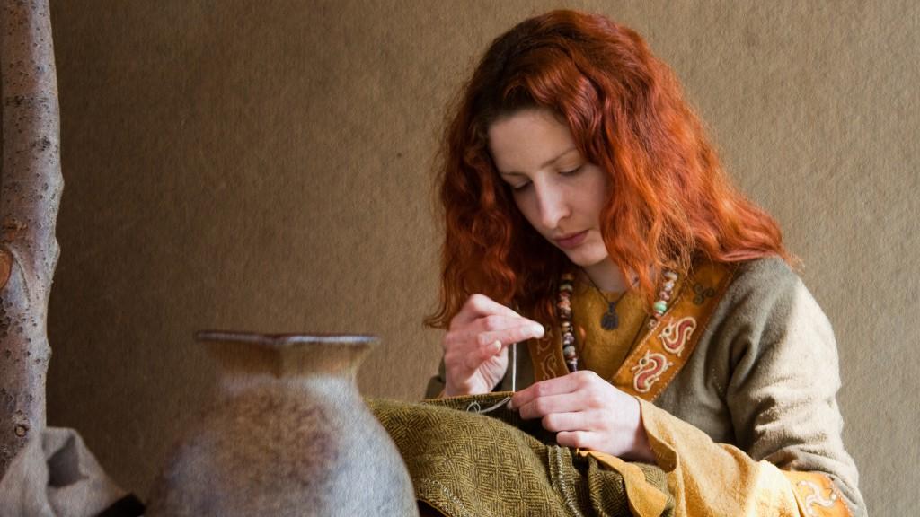 viking-woman_2048x1152