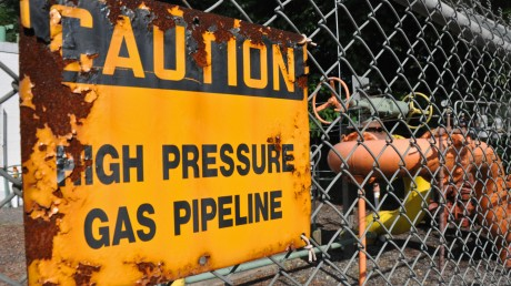 gas-pipeline-sign