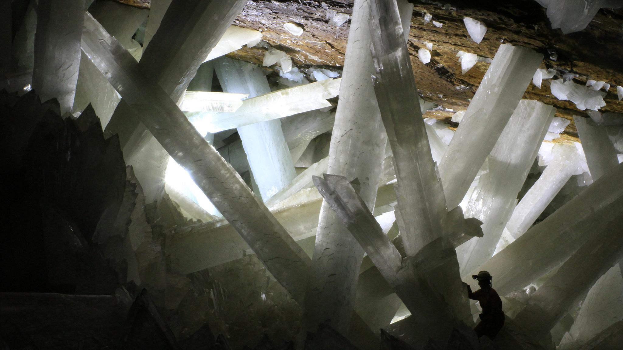 naica-crystals_2048x1152