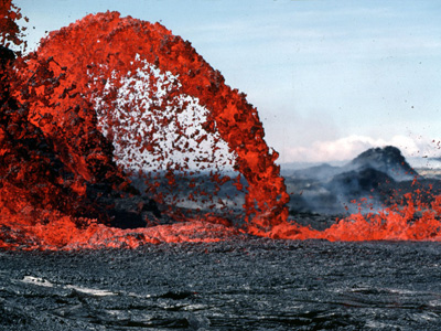 Essay: scientists visiting a volcano site?