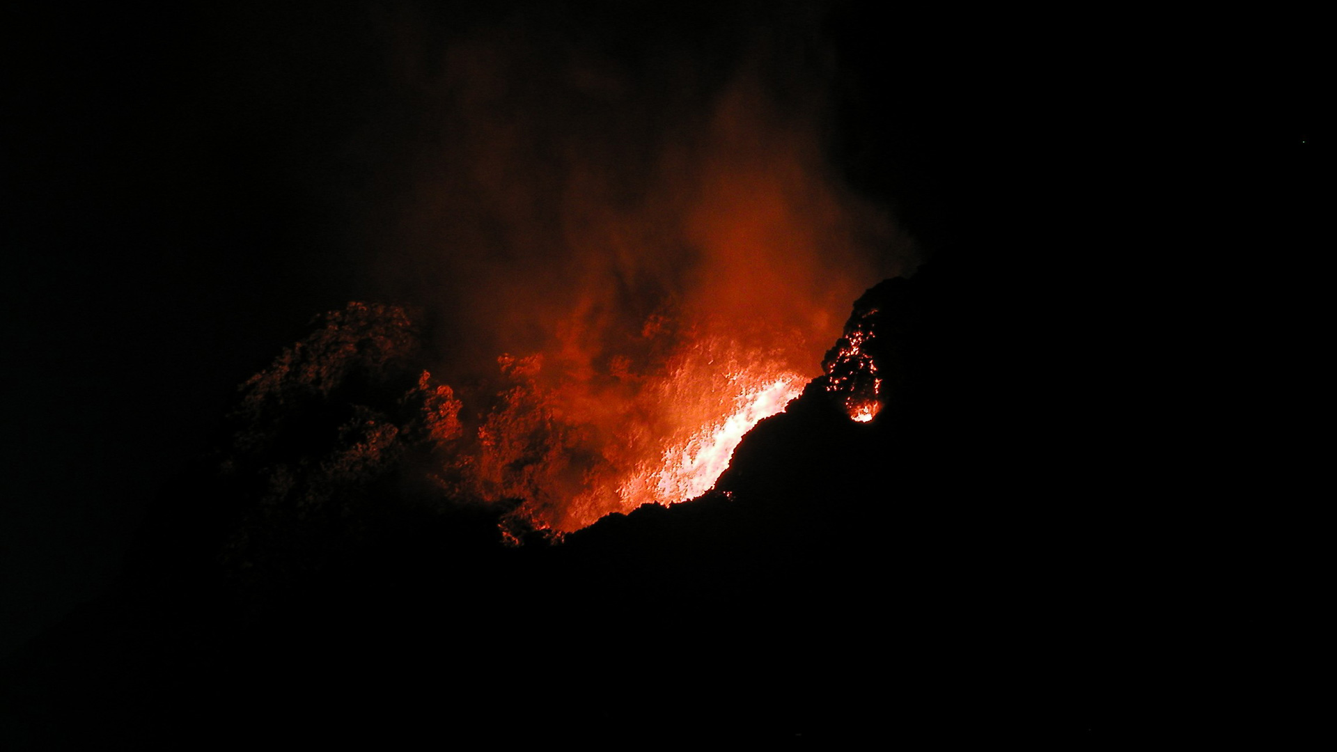 violent hawaii photo essay volcanoes in hawaii and beyond introduction