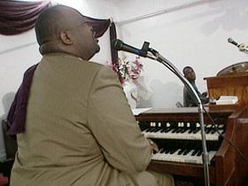 cogic-post12-thurstonorgan