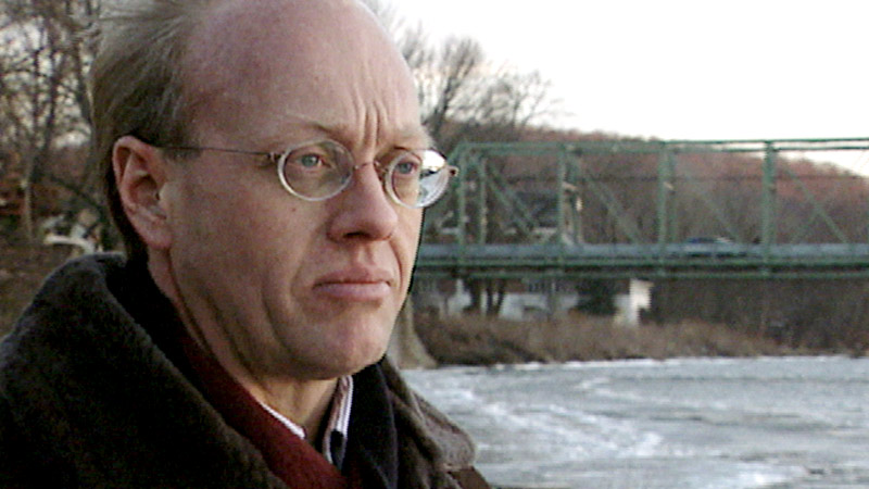 Chris Hedges: The Costs of War | January 31, 2003 ...