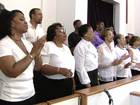 blackchurches-gaymarriage-post05-williamschoir