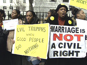 blackchurches-gaymarriage-post06-protest
