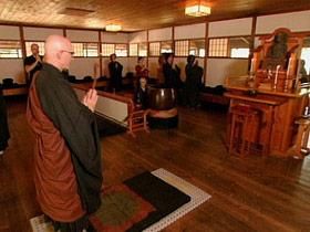 alanlew-post04-buddhist